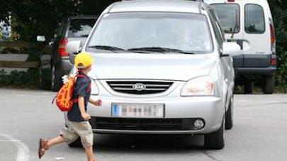 Sécurité routière : les parents commettent trop   d'imprudences