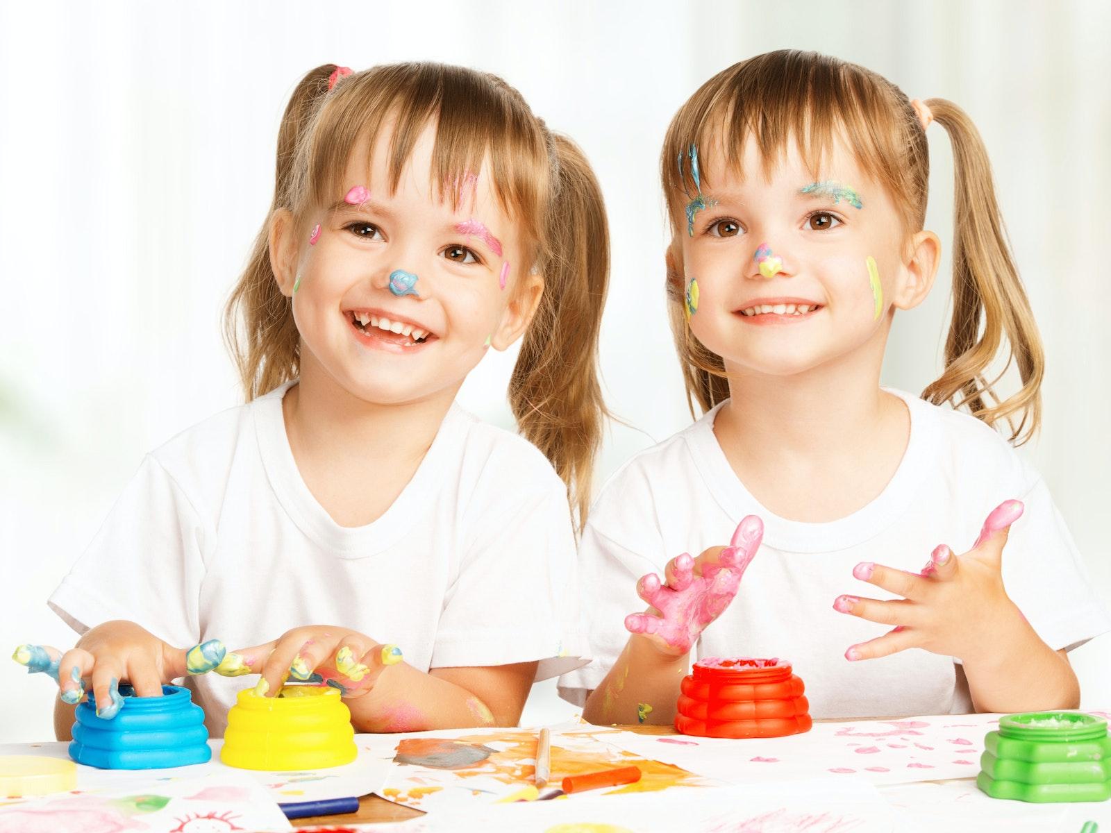 Rentrée scolaire des jumeaux : faut-il les séparer   ?