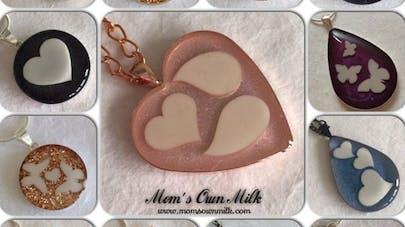 Grande-Bretagne : une créatrice réalise des bijoux à base  de lait maternel !