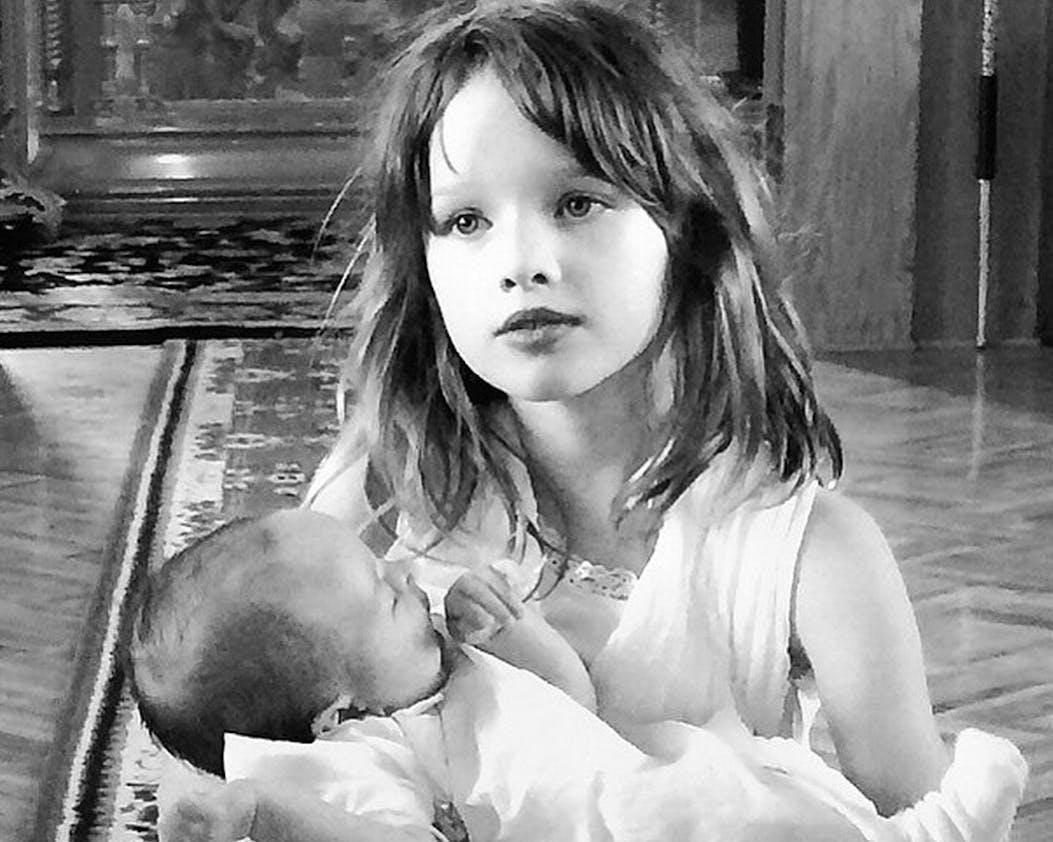 Ever et Dashiel, les enfants de Milla Jovovich
