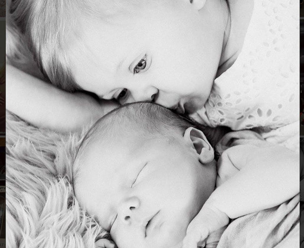 Kenzie et Hutton, les enfants de Beverly         Mitchell