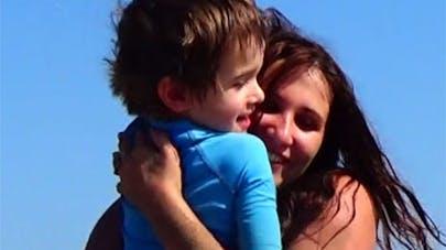 Angélique Marquise des Langes – Les vacances à la mer avec   bébé