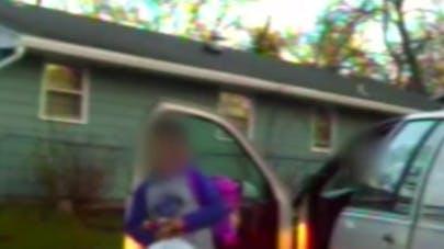 Vidéo : un policier arrête un enfant de huit ans au volant   d'une voiture