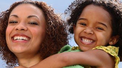 Une étude révèle les souhaits des mères en matière   d'épanouissement de leur enfant