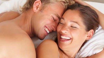 Faire l'amour fréquemment augmente la fertilité