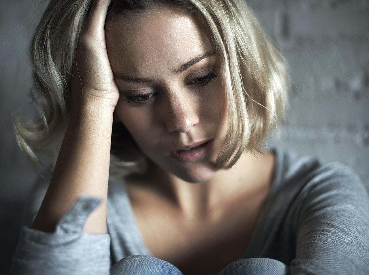 Baby blues et dépression post partum : quelle différence  ?
