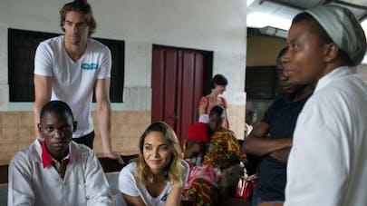 Parents et Camille Lacourt et Valérie Bègue en République   Démocratique du Congo
