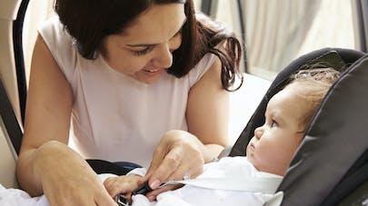 Siège-auto : 95% des jeunes parents l'installent   mal
