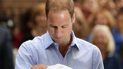 Le Prince William se dit plus émotif depuis qu'il est  papa