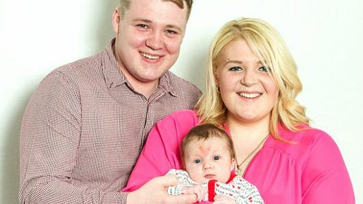 Un bébé conçu le jour de la Saint Valentin naît avec une  tache de naissance en cœur