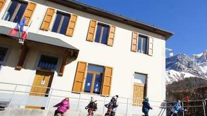 Un papa recherche des élèves pour l'école de son village   sur Le Bon Coin