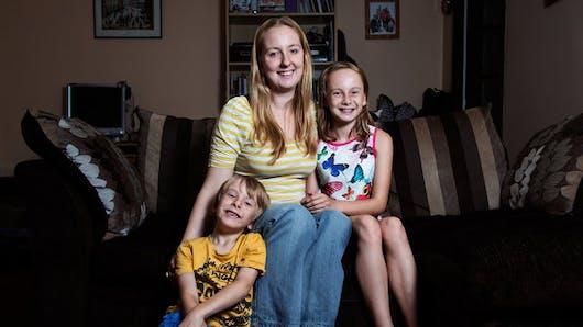 Une photographe casse les stéréotypes sur la maternité précoce