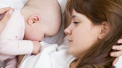 Deux bébés sur trois sont allaités à leur naissance en   France
