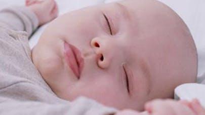 L'emmaillotage accroîtrait le risque de mort subite du   nourrisson