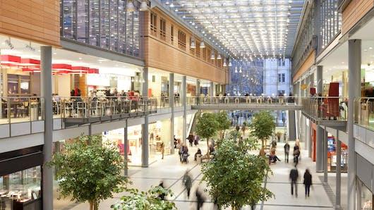 Beauvais : elle accouche dans le centre commercial du Jeu   de Paume