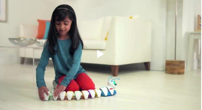 La chenille programmable, un jouet pour apprendre à   coder