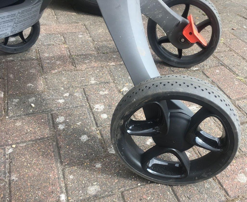 Poussette Xplory de Stokke - roues arrière