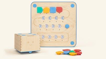 Cubetto, un robot malin pour apprendre aux enfants la programmation