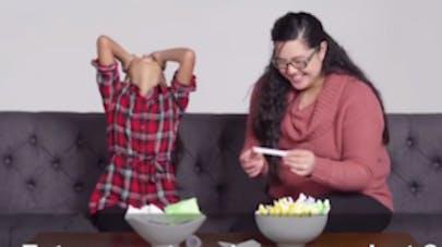 Ces parents expliquent à leurs enfants les  menstruations... et c'est très drôle ! (VIDEO)