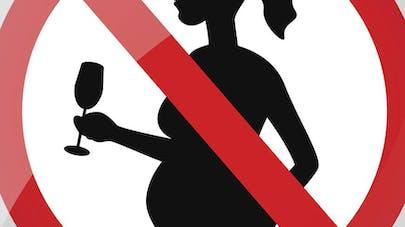 Le picto d'avertissement aux femmes enceintes sur les   bouteilles bientôt plus gros ?