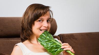 Grossesse: les femmes ne prennent pas assez de folates!