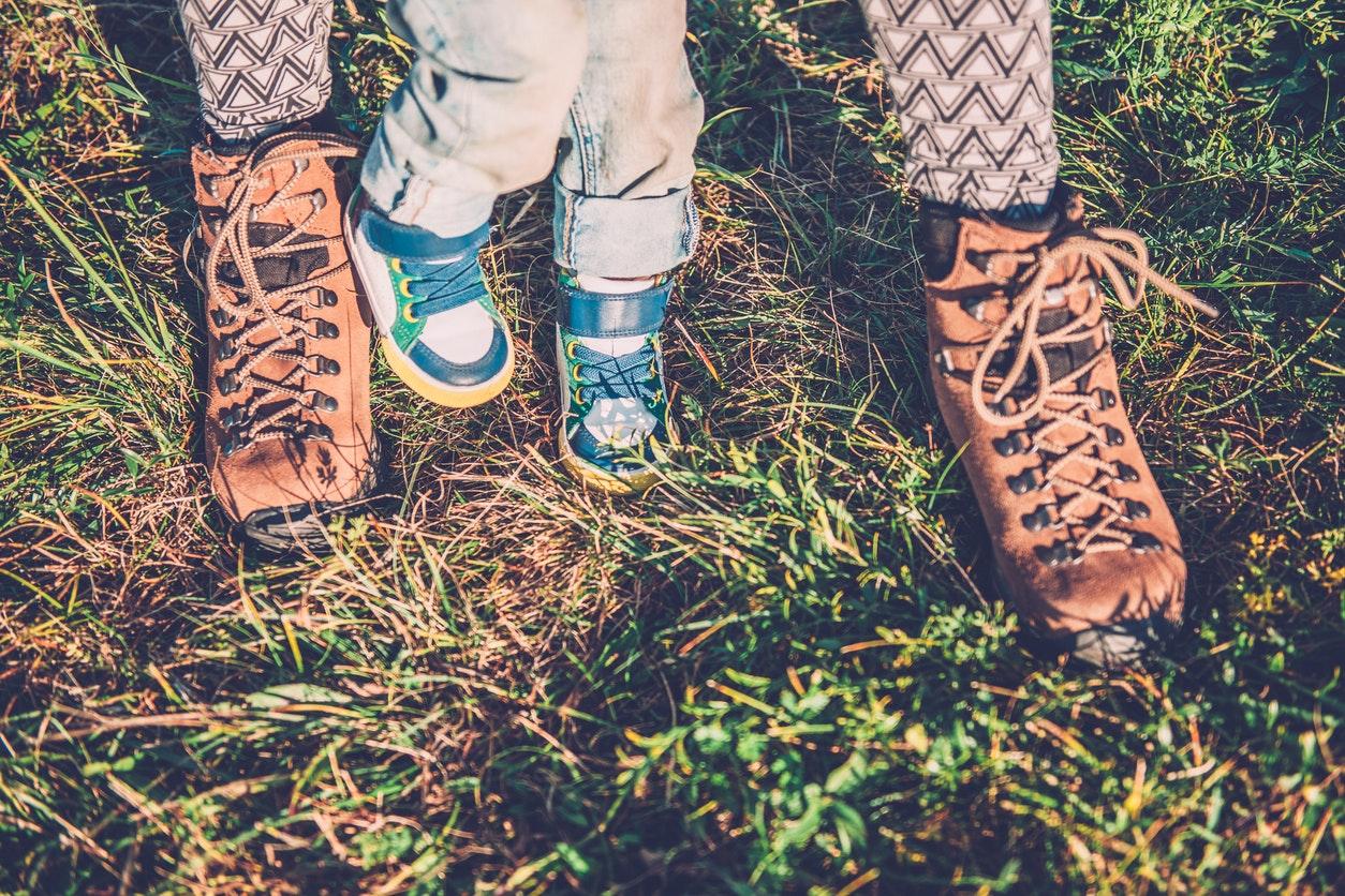 Choisir le bon modèle de chaussures pour Bébé