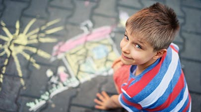 Paris: bientôt des rues réservées aux jeux d'enfants
