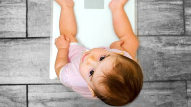bébé balance poids