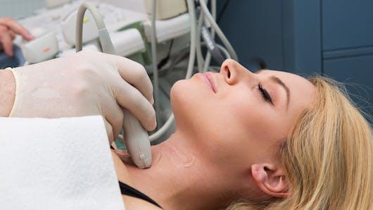 Thyroïde : tout ce qu'il faut savoir pendant la grossesse