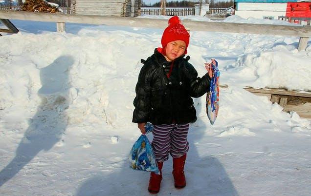À 4 ans, elle parcourt 8 km dans la neige pour sauver sa grand-mère