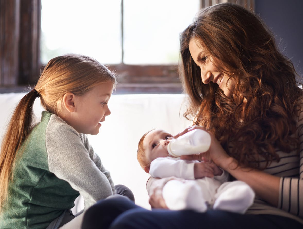 Des chercheurs à la recherche du lait infantile idéal