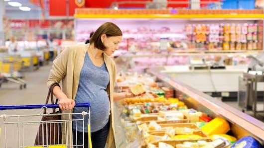 Enceinte, les aliments à éviter