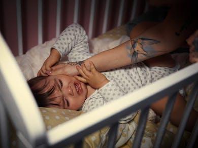 bébé réveillé dans la nuit