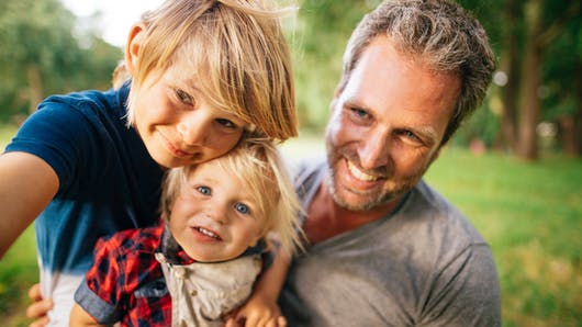 Etre père de fille ou de garçon : les différences