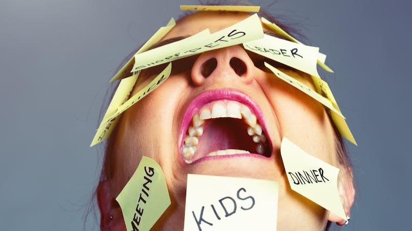 10 signes qui prouvent que votre charge mentale est trop lourde