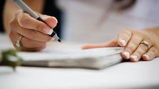 signature de registre à létat civil pour enregistrement du prénom
