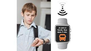 enfant avec montre et application WatcHelp