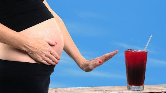 Consommer des boissons light pendant la grossesse favorise l'obésité chez l'enfant