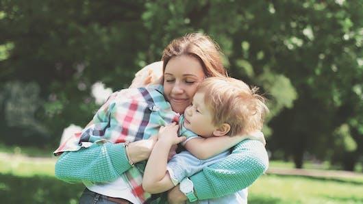 Savez-vous pourquoi une mère est prête à donner sa vie pour son enfant?