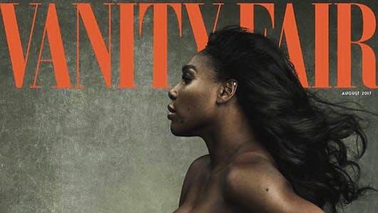 Serena Williams pose nue et enceinte pour Vanity Fair (photos)