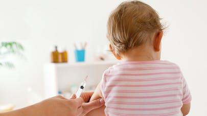 Vaccins obligatoires: plus de 50% des Français y sont opposés