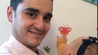 Annonce de grossesse : Julien, 29 ans, papa de Constance, 1 an