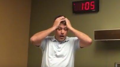 Papa de trois filles, il laisse exploser sa joie à la naissance de son fils (VIDEO)