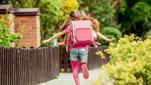 Rentrée des classes : bien choisir et organiser le cartable de votre enfant