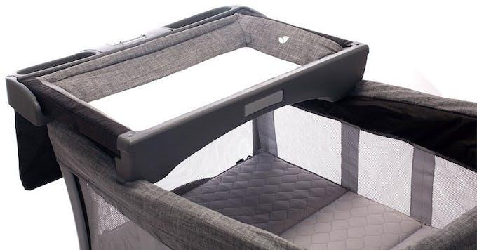 Lit parapluie Illusion de Joie - table à langer escamotable