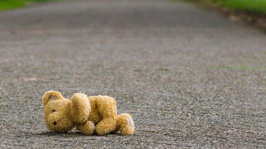 Normandie : un bébé de 18 mois erre seul dans les rues au petit matin