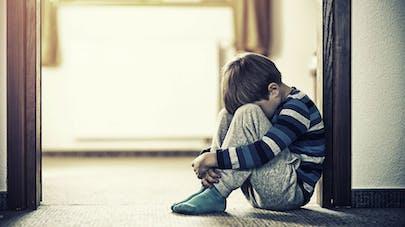 La maltraitance infantile affecte les circuits cérébraux
