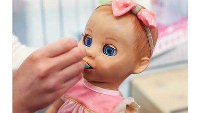Luvabella, la poupée dotée d'intelligence artificielle qui va bousculer ce Noël 2017