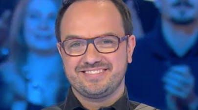 Jarry jeune papa : l'humoriste défend la GPA (vidéo)