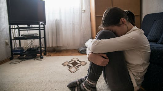 Maltraitances: 1 Français sur 4 dit en avoir été victime